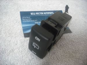 A GENUINE KIA SEDONA / CARNIVAL REAR WINDOW INTERMITTENT WASHER WIPER SWITCH